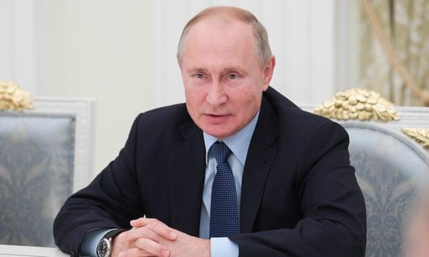 Vladimir Putin calls for 'reliable' Russian version of Wikipedia