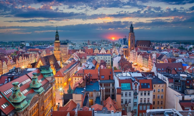 Undercover reporter reveals life in a Polish troll farm