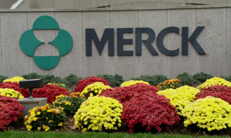 Merck backs up Peloton buyout with promising kidney cancer data