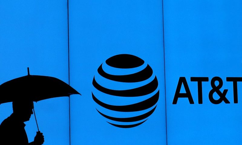 AT&T stock heads for lowest close since March