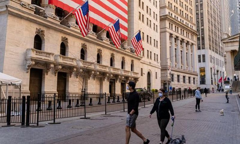 S&P 500, Nasdaq Composite book closing records, but Dow loses ground