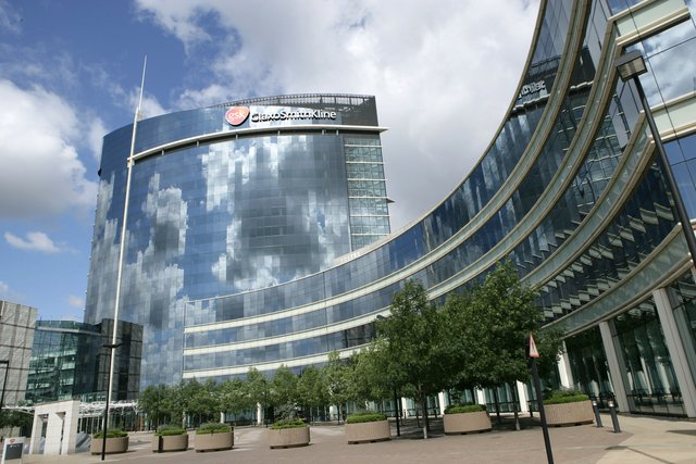 While FibroGen and AstraZeneca stumble, cheeky GSK drops competing data for anemia drug