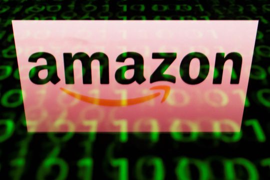 U.S. stocks poised to skid lower as month ends, with Amazon disappointment fueling tech selling